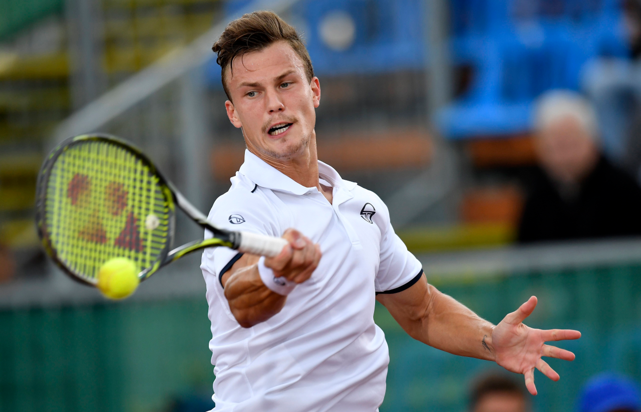 Fucsovács Márton a Magyarország-Ororszország Davis Kupa mérkőzés harmadik napján.