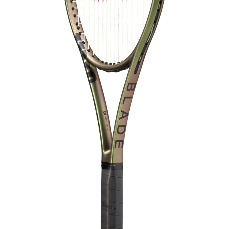 Wilson Blade 98 v8 16x19 teniszütő